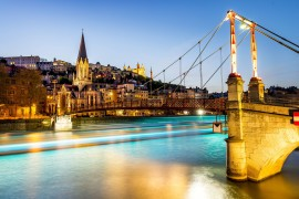178763943_Lyon by night with lights_ventdusud